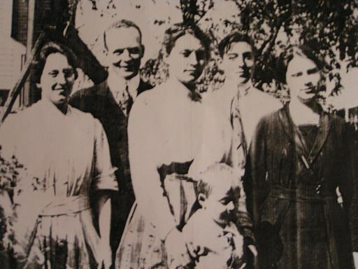 Copy of old family pic.JPG
